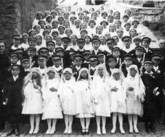 JG 1920/22 Kommunion Mädchen und Buben