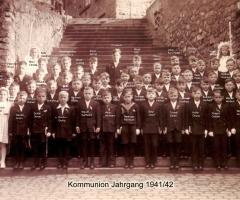 JG 1941/42 Kommunion Buben