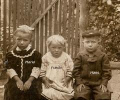 Kolb Maria, Frieda und Hans um 1912 Rotwasserstr 5