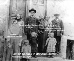 Schuck Josef mit Familie 1907 Aumühlstr 2
