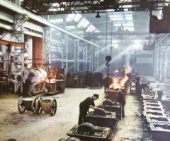 Gueldner_Mitarbeiter_Produktion_Werkhalle_giesserei