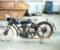 Gueldner_Motorrad_Produktion_Motorrad