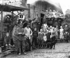 Dreschtag in der Unterhainstr um 1920 (02)