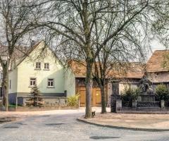 Ebersbacher Str Neues Kriegerdenkmal